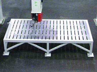 Quintax Steel Slat Table